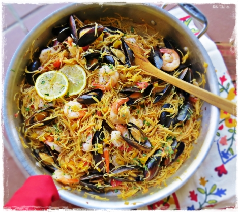 The taste of paella, the ease of fideo.